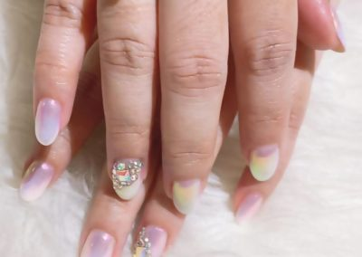 Pearl Chrome Mermaid / Unicorn Nail Art