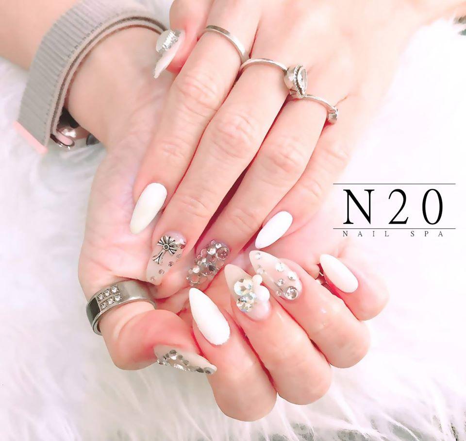 3D Nail Art Design: White Bejewelled Almond Nails - N20 Nail Spa