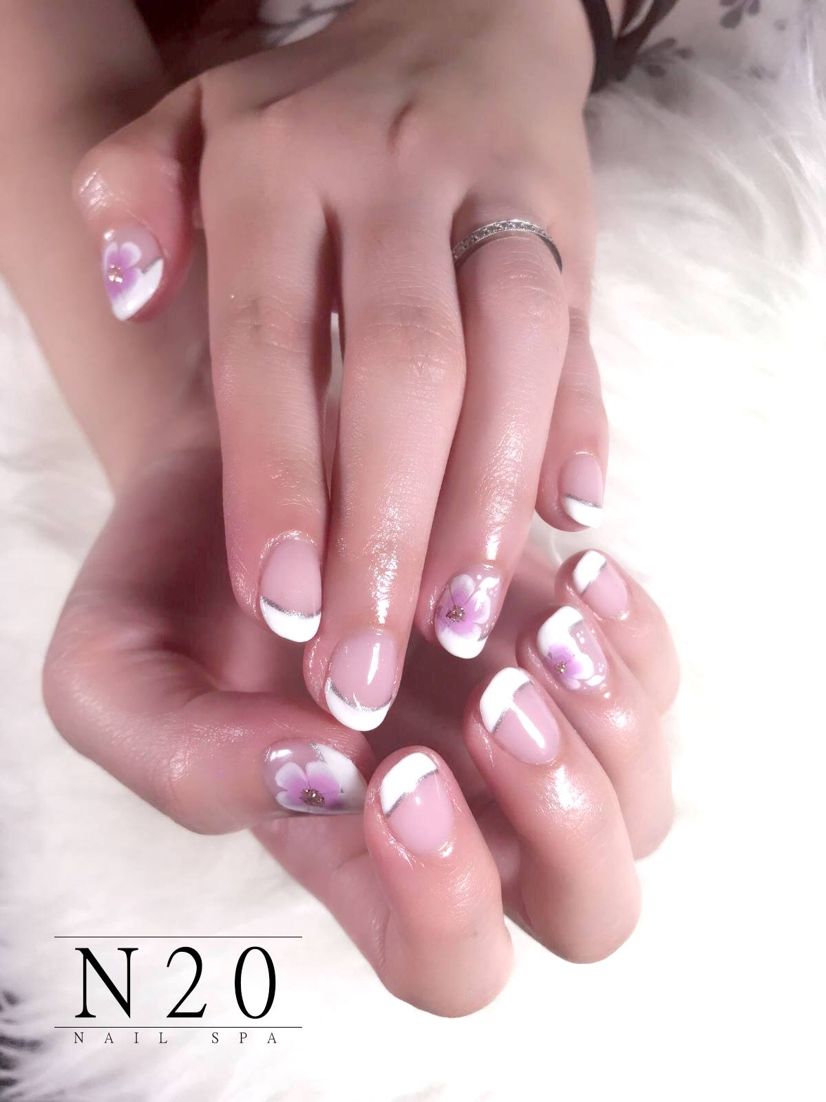 White band silver horizon pink flora clear manicure nail art