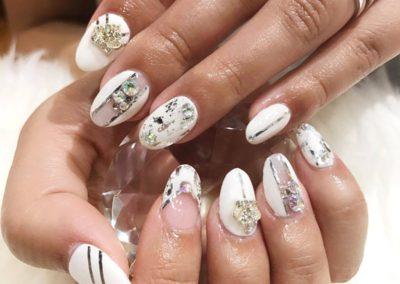 3D Nail Art Manicure: White, Silver, Jewel Studs