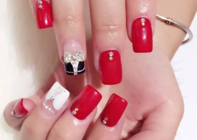 3D Bow Tie Manicure Nail Art with Red, White Extension Tips