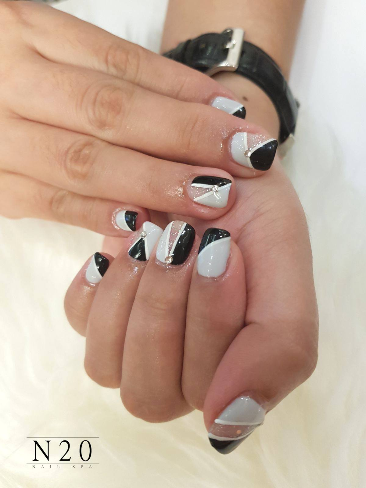 Black grey white stripe center studded manicure nail art - N20 Nail Spa